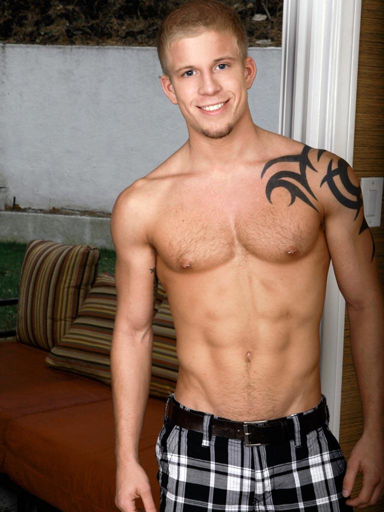 Todd Beauman | Gay Body Blog