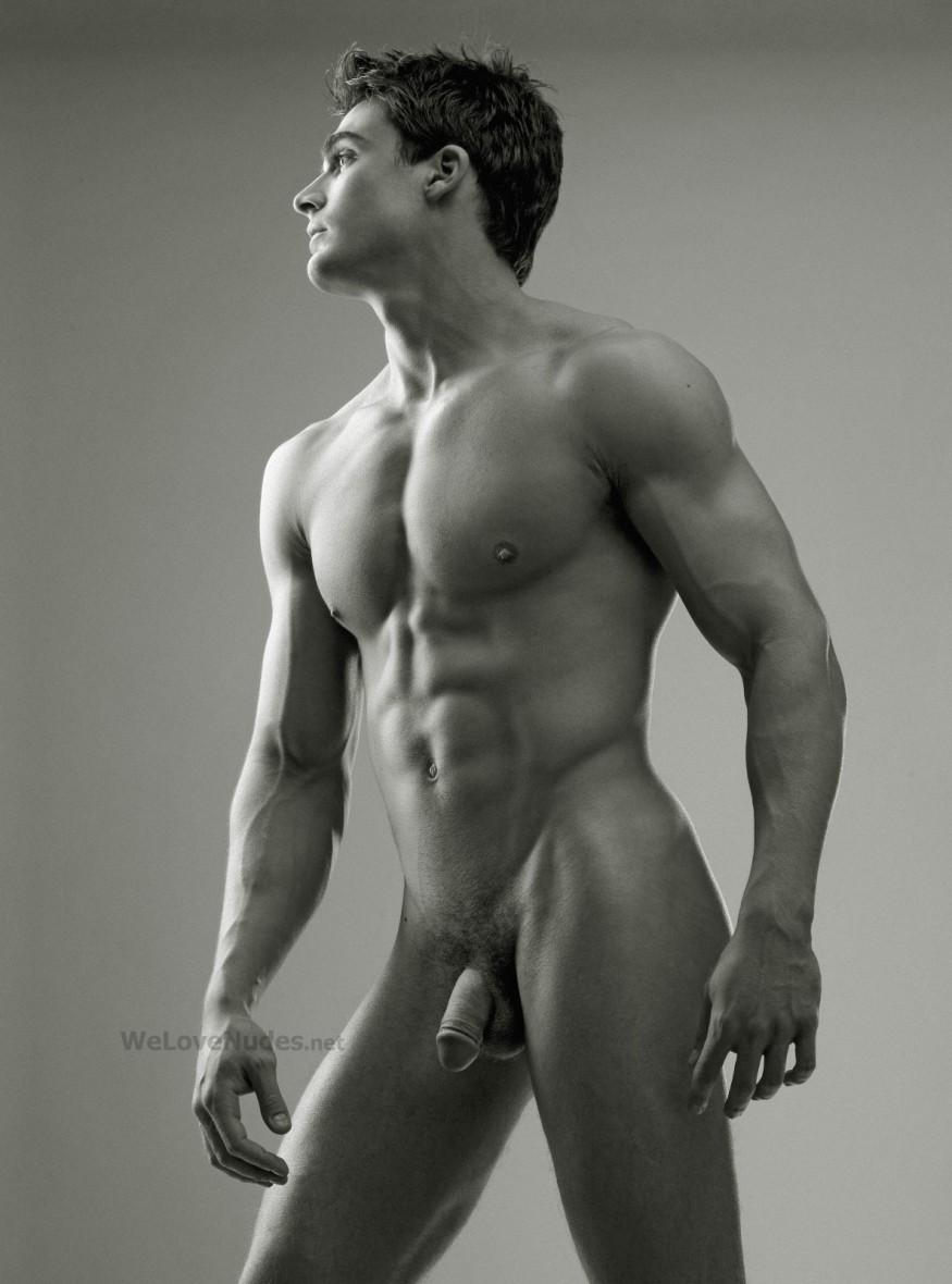 Фото полностью голого мужчины с 18 лет 21 фотография