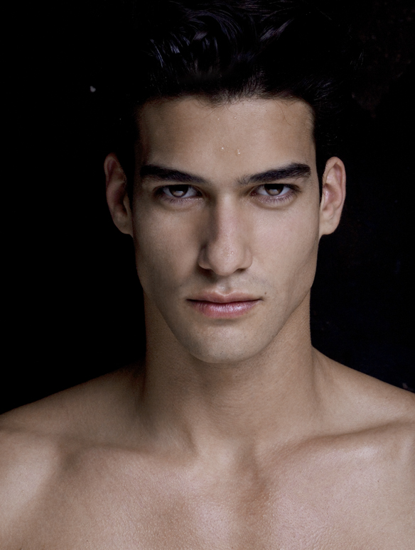 Diego Fragoso - Handsome