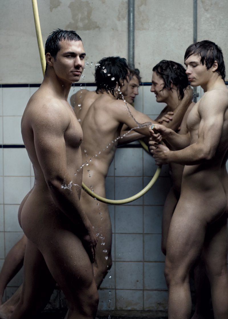 Dieux du Stade -Naked Rugby Players | Gay Body Blog