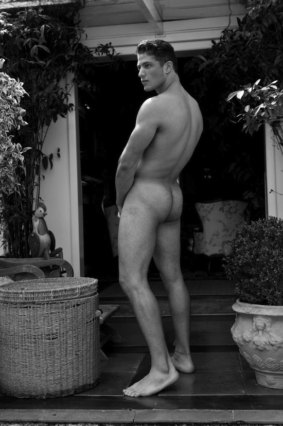 Lukas Rodrigues Naked (1)