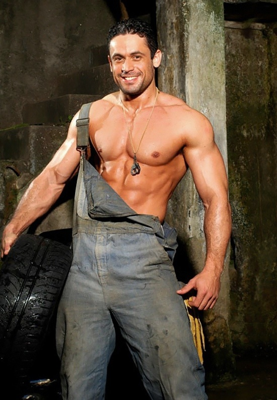 Adrian F - Muscled Mechanic (1)