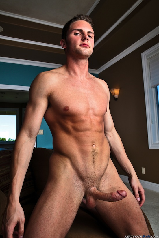 Everybody Loves Ajay Smooth Body And Big Thick Cock