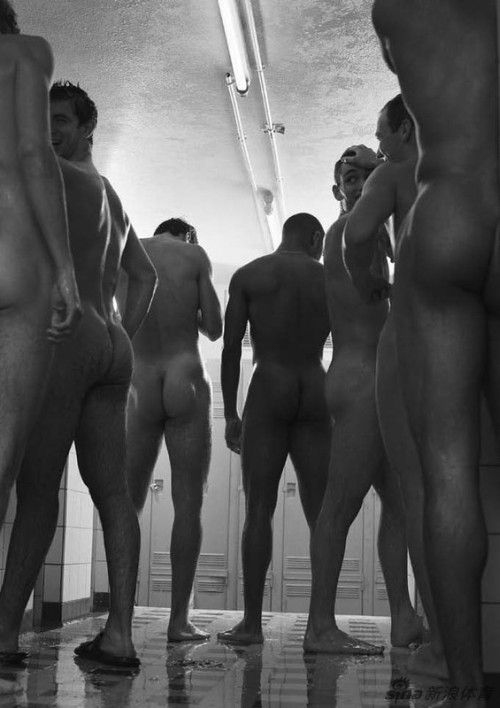 French Fencing Team Get Naked (7)