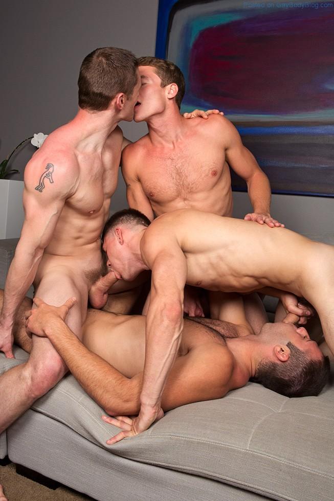 И фото порно геев