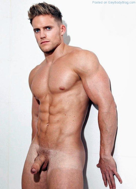 Check out these fine naked men and appreciate their muscular physiques  along with me, I know you will 🙂