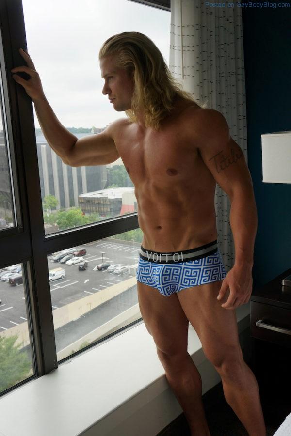 Young, Cute And Seriously Buff - Ryan Sage - Gay Body Blog