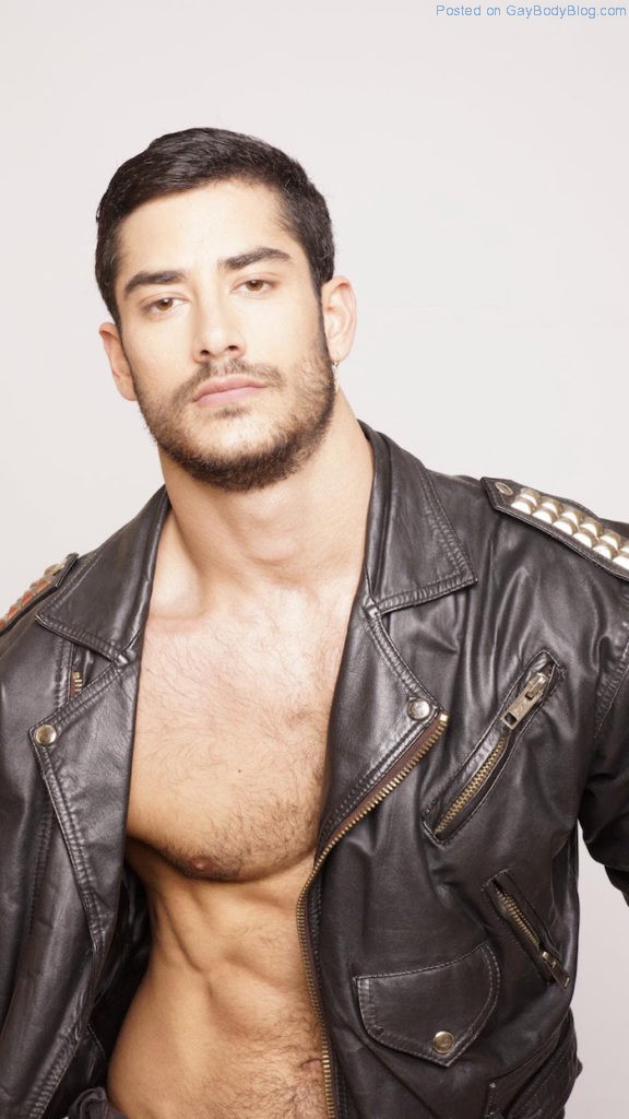 a-little-more-of-hairy-handsome-spanish-hunk-jonathan-guijarro-5