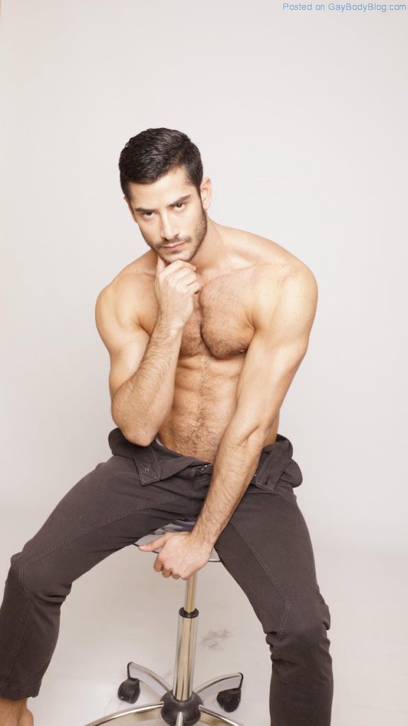 a-little-more-of-hairy-handsome-spanish-hunk-jonathan-guijarro-6