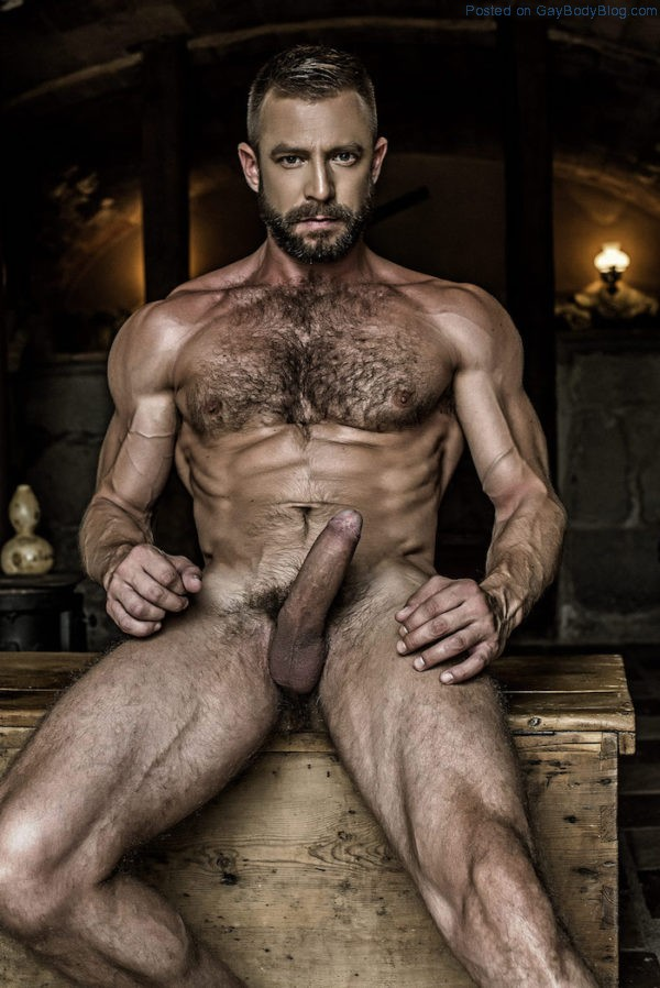 french-uncut-daddy-ludovic-grauser-gets-his-cock-out-6