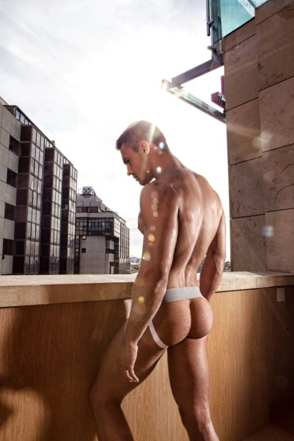 The ten andrew justice tops russian model kirill dowidoff manhunt daily