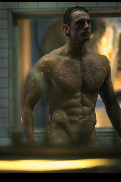 Joel Kinnaman Nude