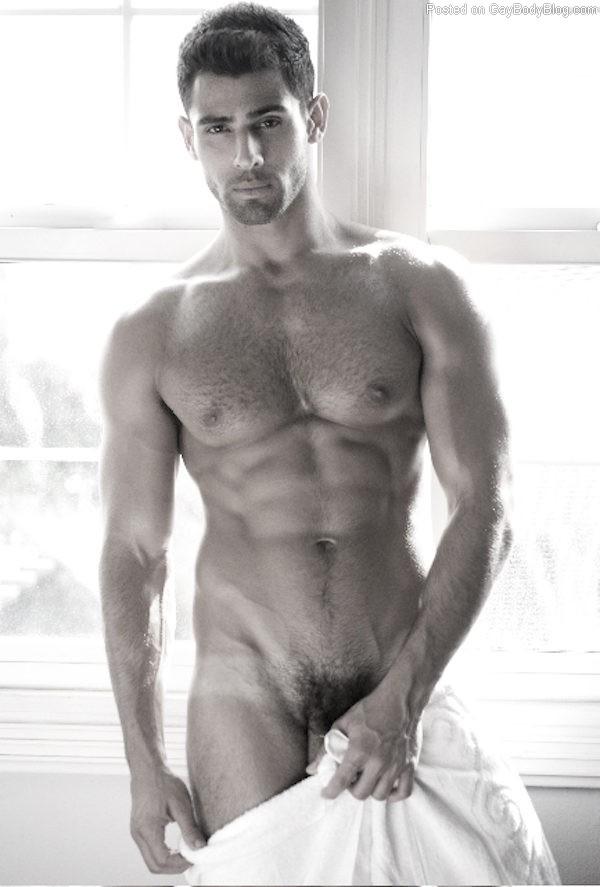 Pablo hernandez nude vine photo