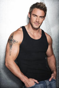 Jessie Pavelka - TV host and Personal Trainer