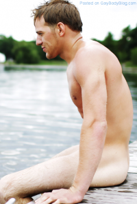 Hot Guys Skinny Dipping!